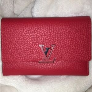 Louis Vuitton Capucines Compact Wallet